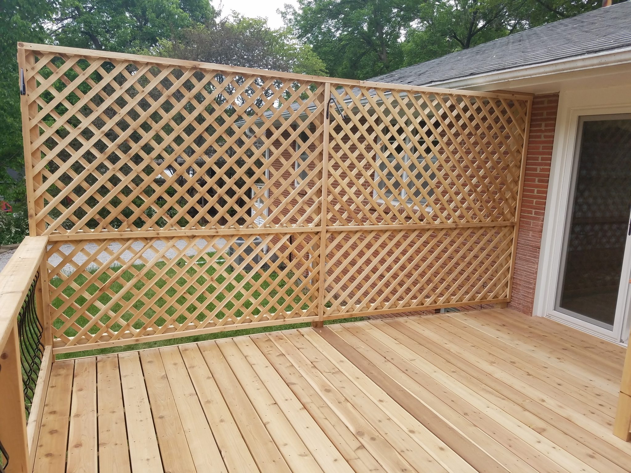 cedar_deck_lattice